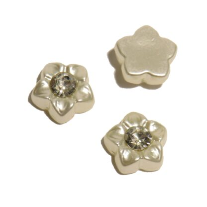10mm blingpärla med ofärgad diamantform i mitten av blomman